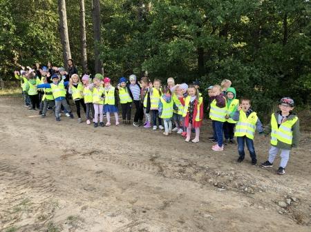 Wyprawa do lasu naszych przedszkolaków